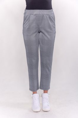 Παντελόνι καρό με τσέπες και πιέτες