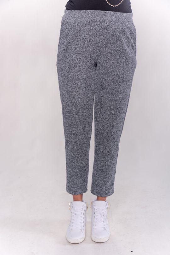 Παντελόνι ζακάρ με τσέπες και πιέτες