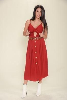 Φόρεμα μονόχρωμο με άνοιγμα στο μπούστο.